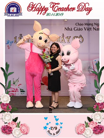Happy-Teachers-Day-20-11-Le-Quy-Don-Class-7-9-instant-print-photobooth-Chup-anh-in-hinh-lay-lien-WefieBox-Photobooth-Vietnam-066