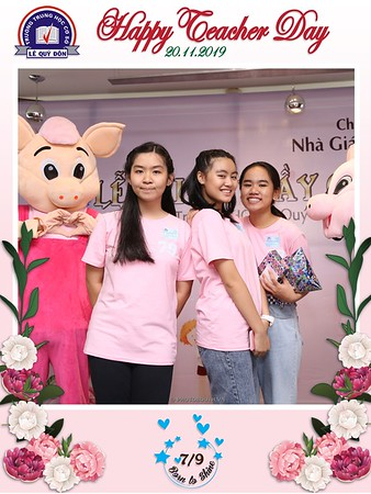 Happy-Teachers-Day-20-11-Le-Quy-Don-Class-7-9-instant-print-photobooth-Chup-anh-in-hinh-lay-lien-WefieBox-Photobooth-Vietnam-069