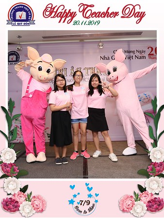 Happy-Teachers-Day-20-11-Le-Quy-Don-Class-7-9-instant-print-photobooth-Chup-anh-in-hinh-lay-lien-WefieBox-Photobooth-Vietnam-071