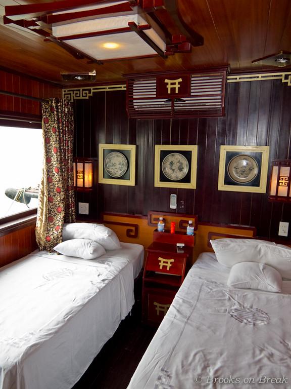Dragon's Pearl junk twin cabin interior  © Russ Brooks