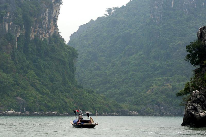 037 Halong Bay