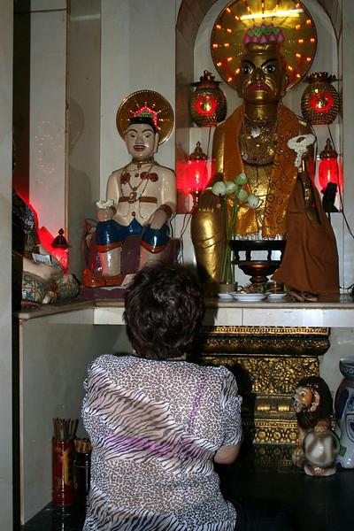 047 Wat Phnom