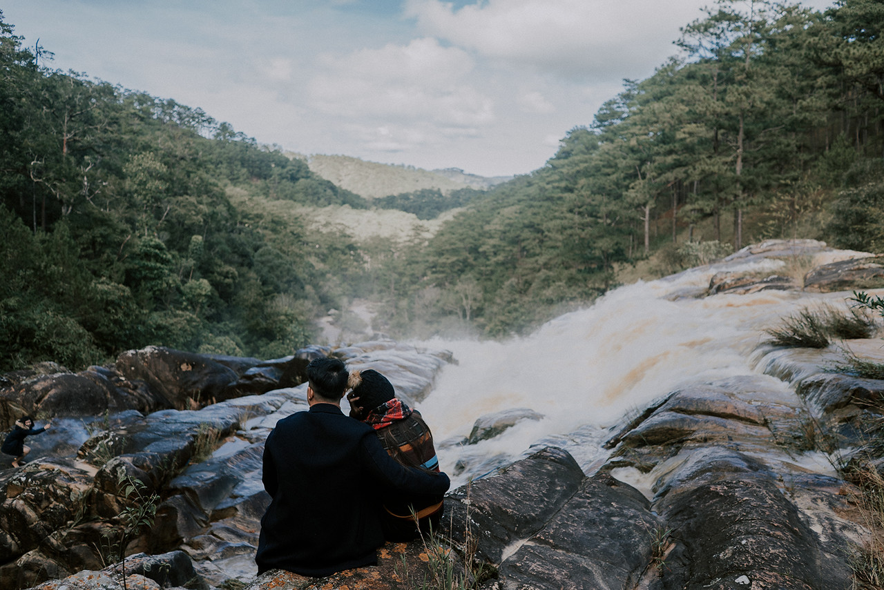 Vietnam Elopement in the wild