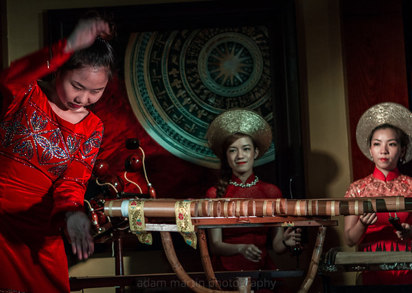 Phuong Bao Music Performance
