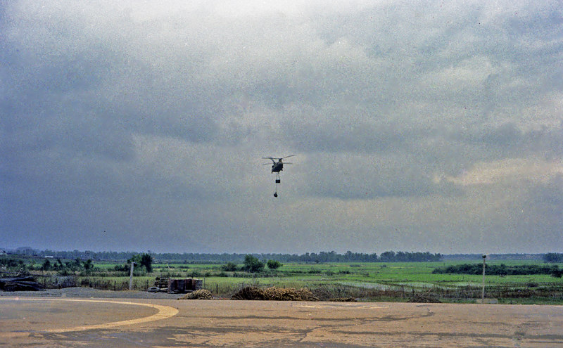 Inbound Chinook with sling load