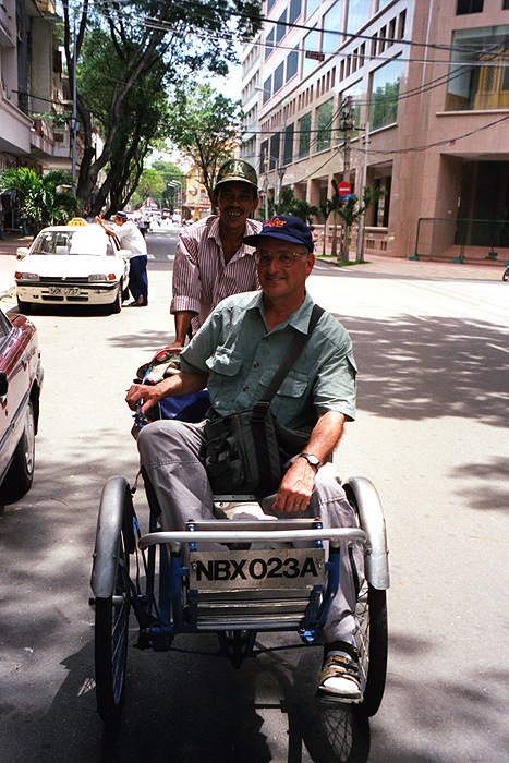 Alan with cyclo driver Truong.