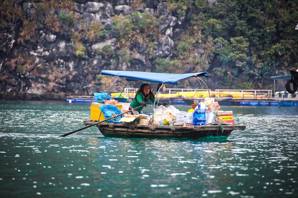 Fishing Village - Halong Bay 044