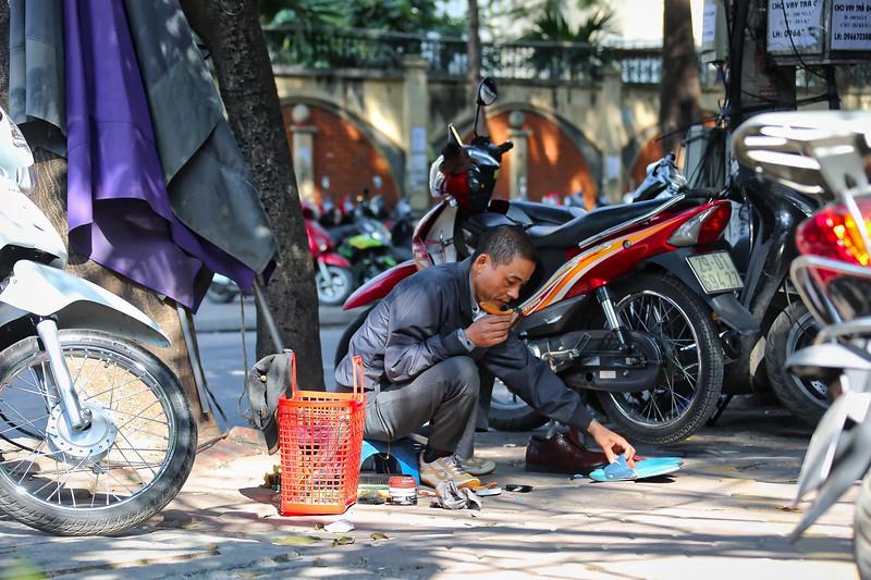 Hanoi - Shoe Shine 003