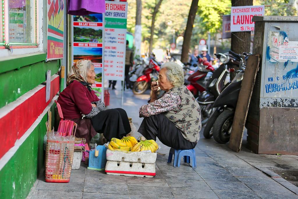 Chit Chat - Hanoi