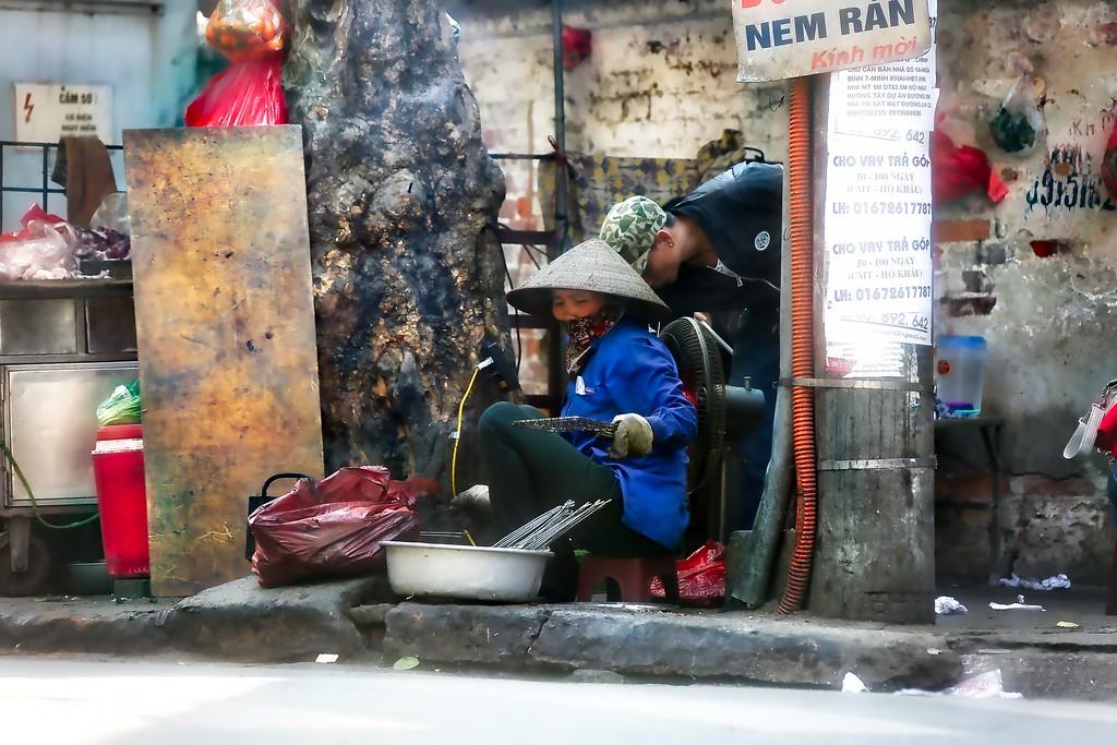Hanoi Vendor - 0015