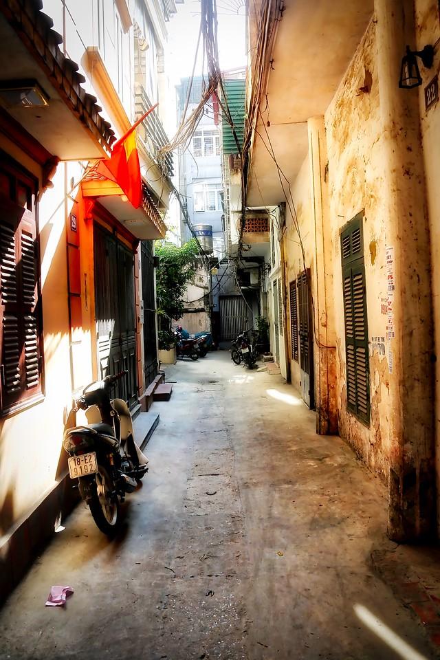 Hanoi Streets - 0011