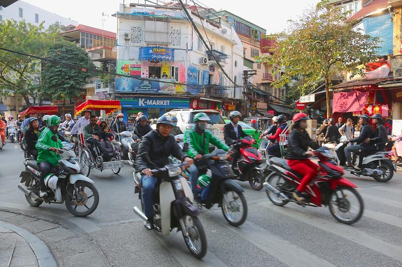 Hanoi Road 001