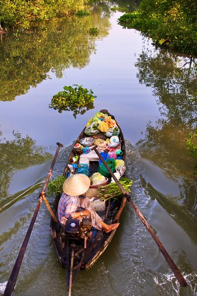 Mekong Market Boat – Vietnam