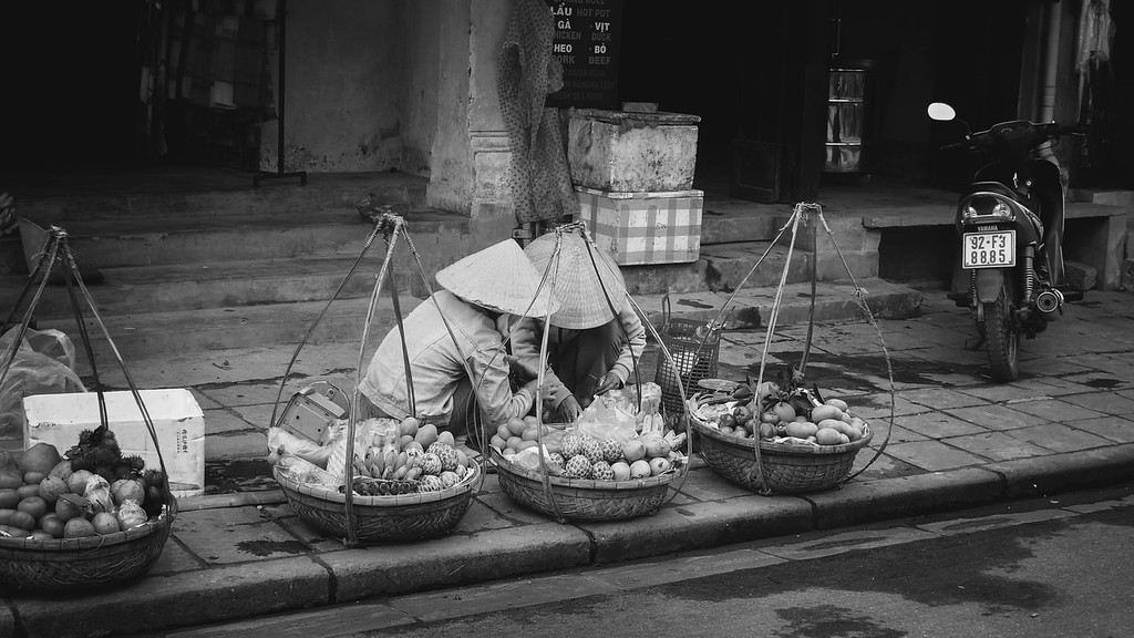 Fruit Hawkers of Hoi-An