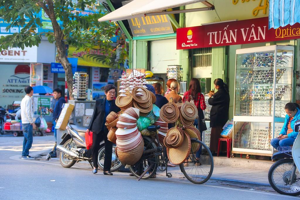 Hanoi - Hats 004