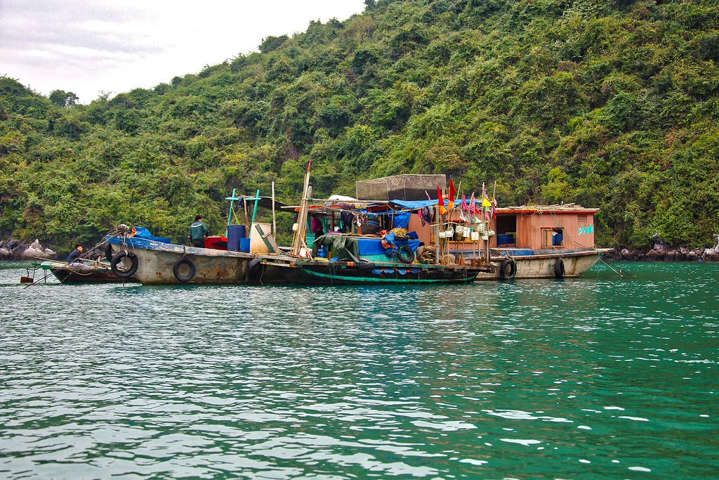 Fishing Boat - Halong Bay 029