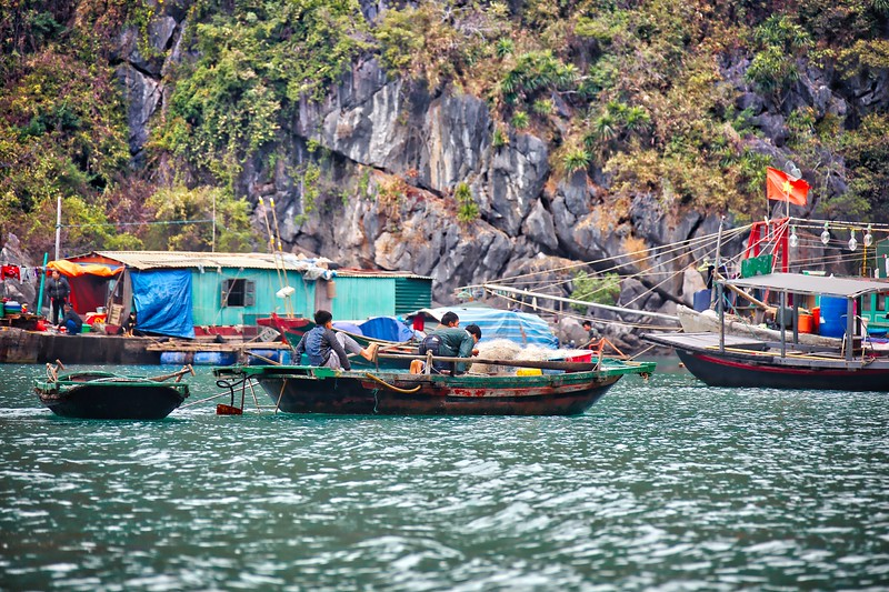 Fishing Village - Halong Bay 019