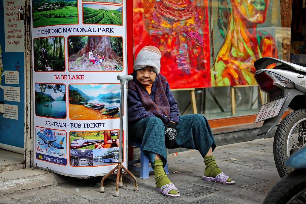 Waiting - Hanoi