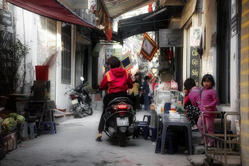 Hanoi Streets - 006