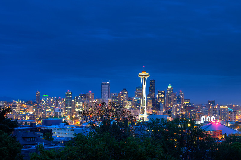 Downtown Seattle from Kerry Park.  Despite the overcast weather the classic picture from Kerry Park turned out ok. I think I probably went a little overboard taking a panorama consisting of 50 images.  I will still have to wait and see it that all comes together.