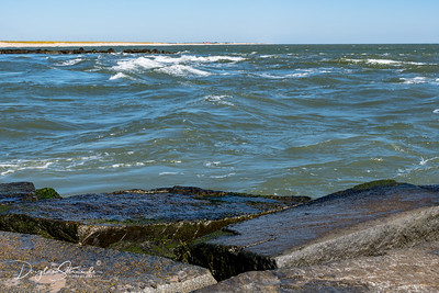 Rough water in the Inlet