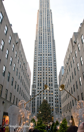 30 Rock Center (with Christmas Tree)