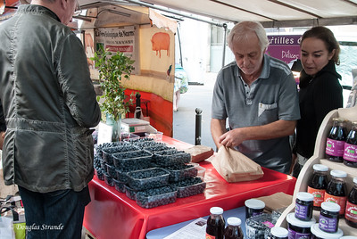 Blueberries at the Sunday morning open market near St Sulpice church