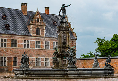 Frederiksborg Castle fountain