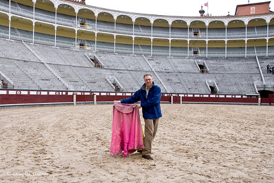 Sat 3/05 in Madrid: Plaza de Toros (Doug training for the 100-yard dash!)