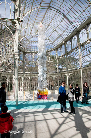 Sun 3/06 in Madrid: Retiro park, inside the Crystal Palace