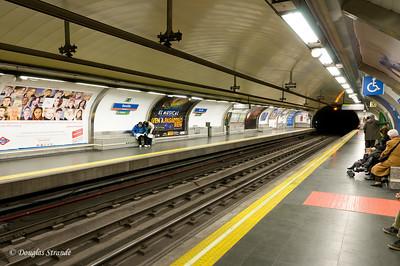 """Sat 3/05 in Madrid: Metro Station """"Sevilla"""""""