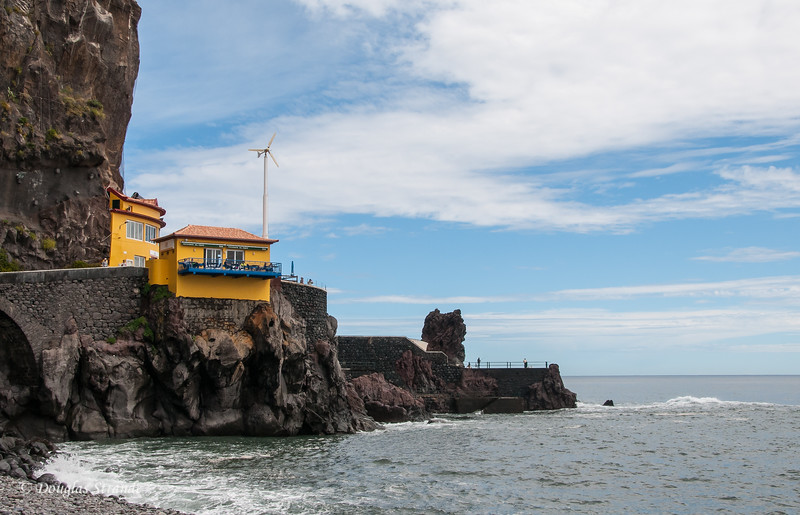 Island of Madeira - cliff-side cafe
