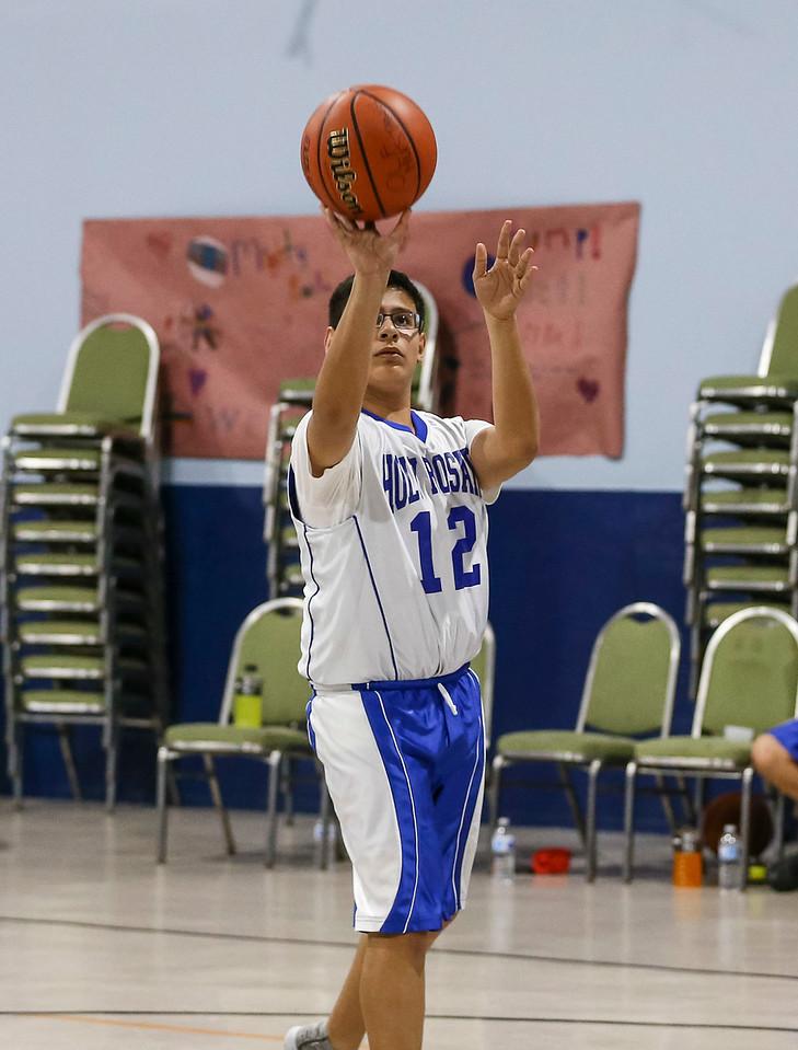 Holy Rosary Catholic School; Basketball vs Our Lady of Fatima; Galina Park, Texas; Nov. 6, 2017. Copyright Taormina Photography.