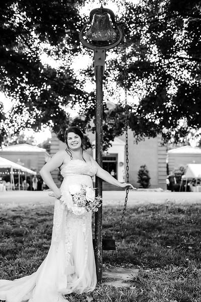 wedding (272)bw