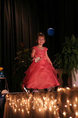 Lewis girls - Pageant