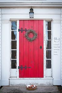 red door 2-2