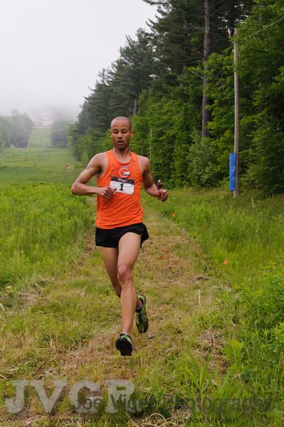2nd Place finisher Joe Gray<br /> Team Inov-8<br /> CranmoreHillClimb2011-12-2