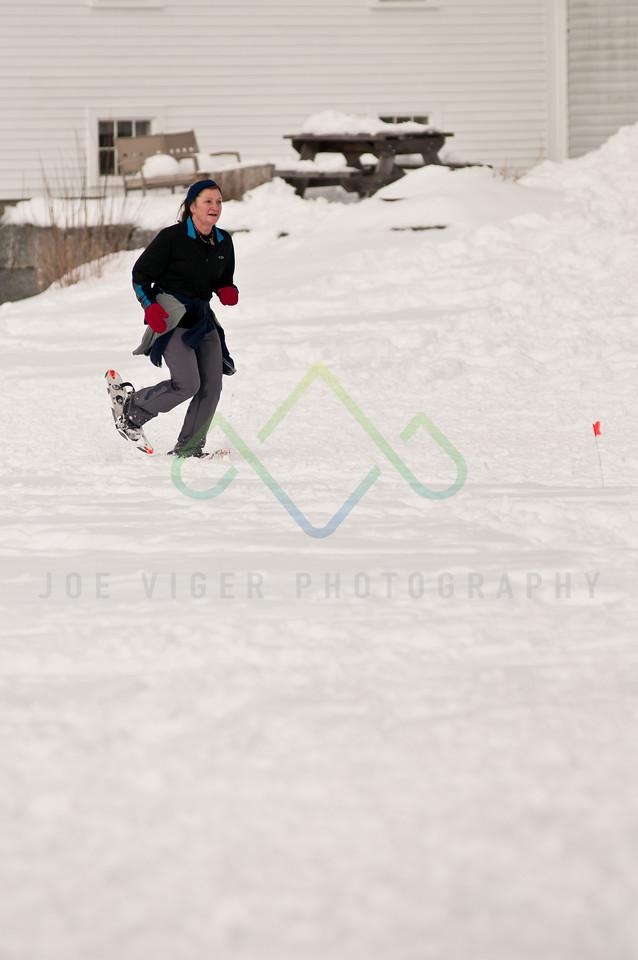 sidehiller snowshoe race3-163
