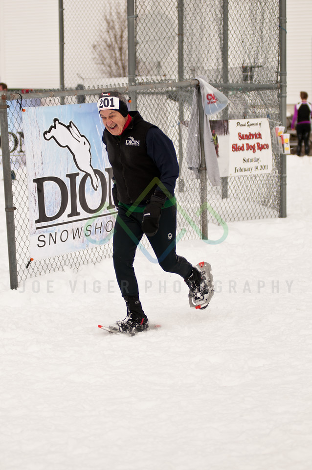 sidehiller snowshoe race3-149