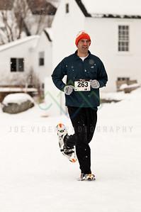 sidehiller snowshoe race-19