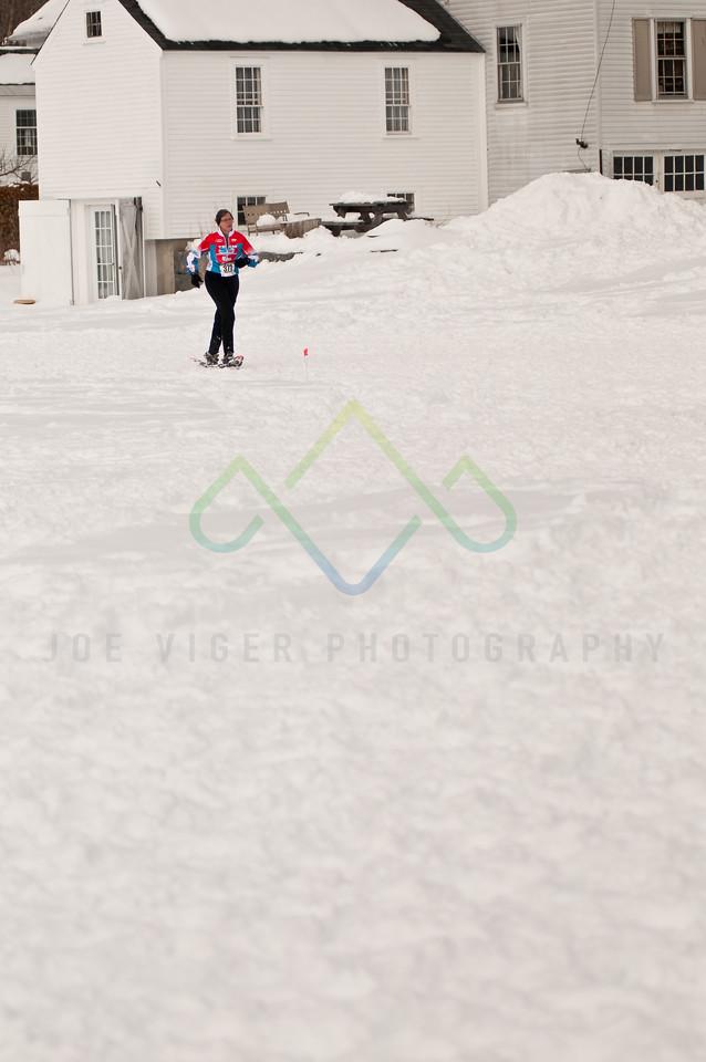 sidehiller snowshoe race3-160
