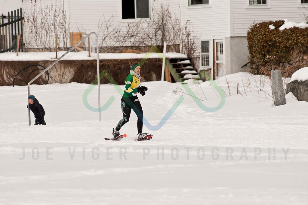 sidehiller snowshoe race3-134