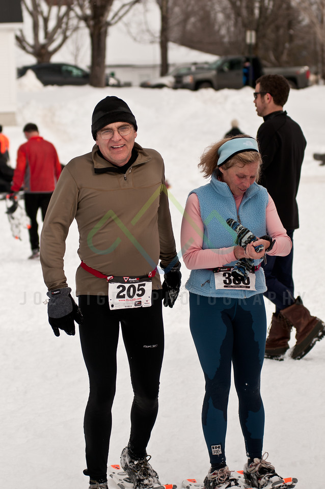 sidehiller snowshoe race3-102