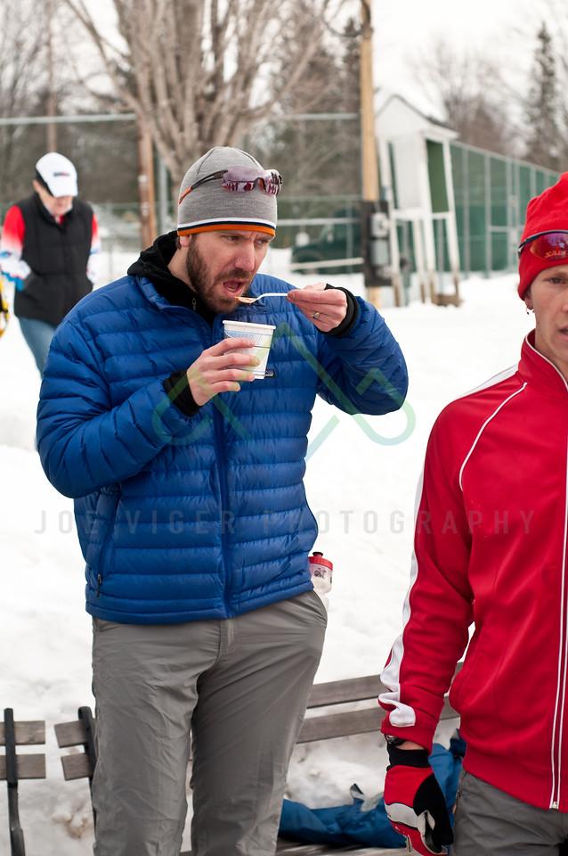 sidehiller snowshoe race3-204