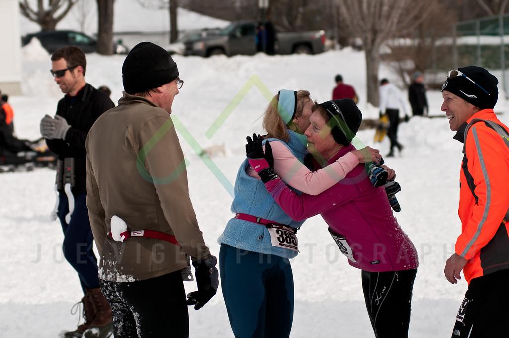 sidehiller snowshoe race3-103