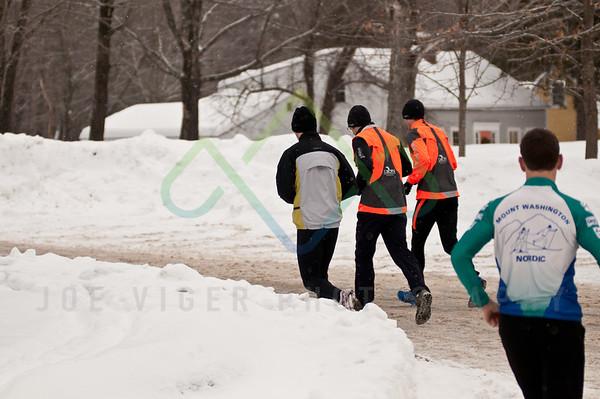 sidehiller snowshoe race-3