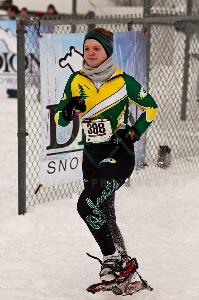 sidehiller snowshoe race3-141