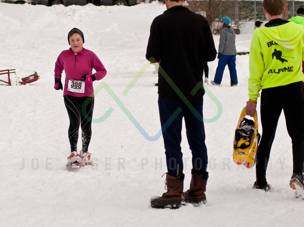 sidehiller snowshoe race3-96