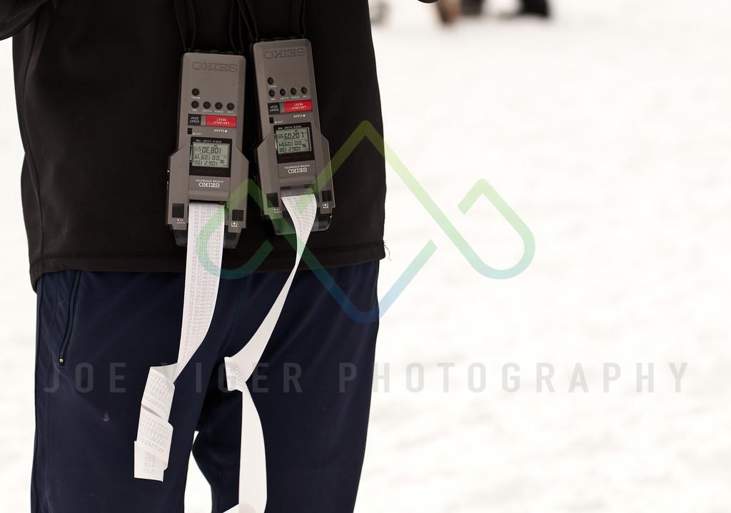 sidehiller snowshoe race3-115