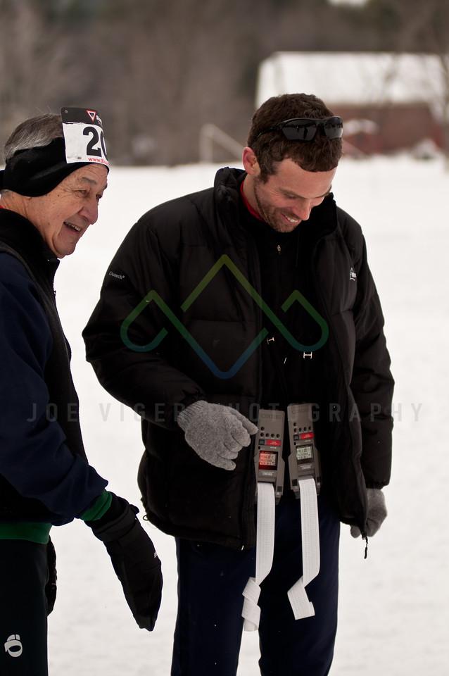 sidehiller snowshoe race3-155